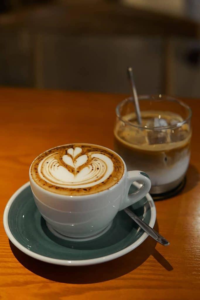 cafe tại Habakuk Coffee