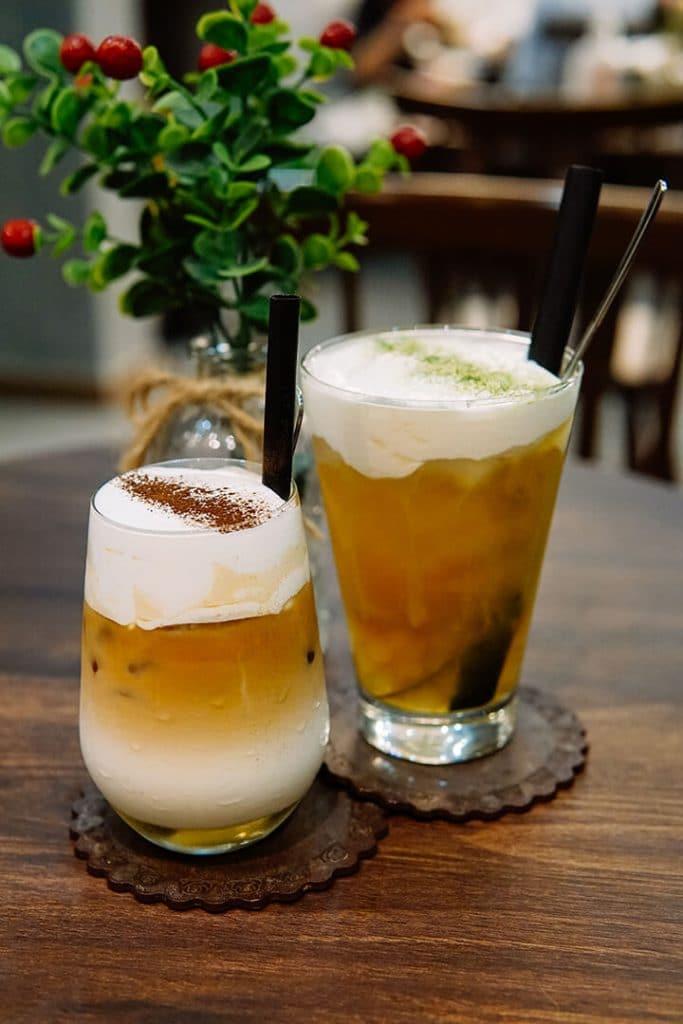 đồ uống tại Premier Coffee