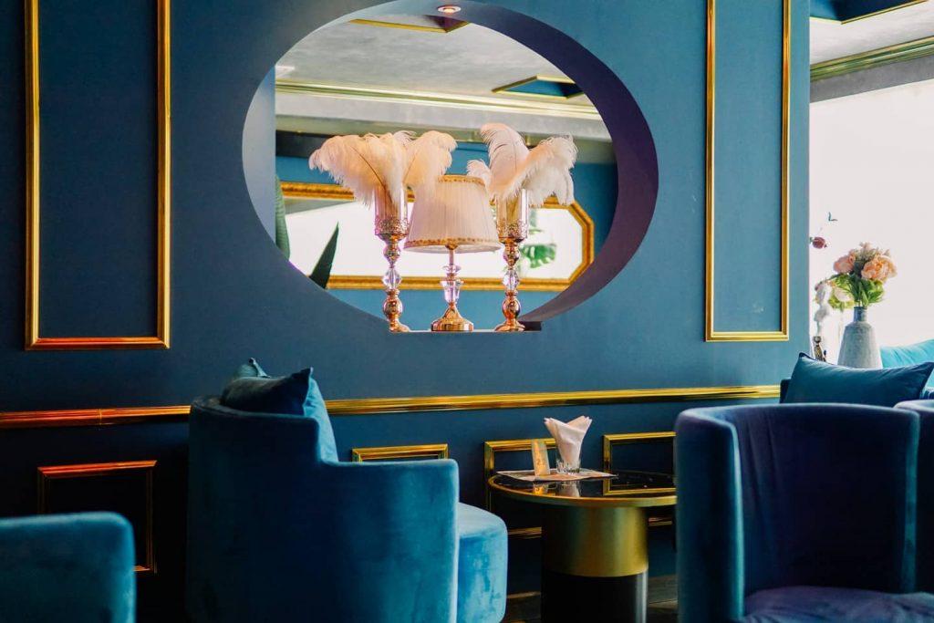 tầng 3 Uyen Coffee Lounge