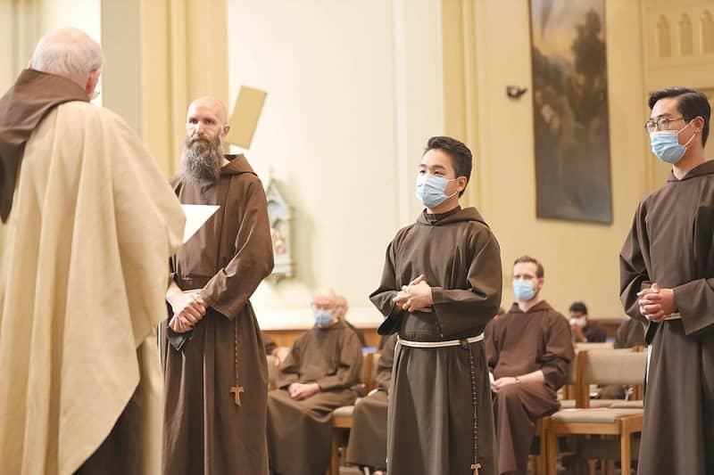 các thầy dòng Capuchin