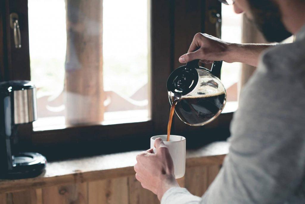 thời điểm tốt để uống cà phê